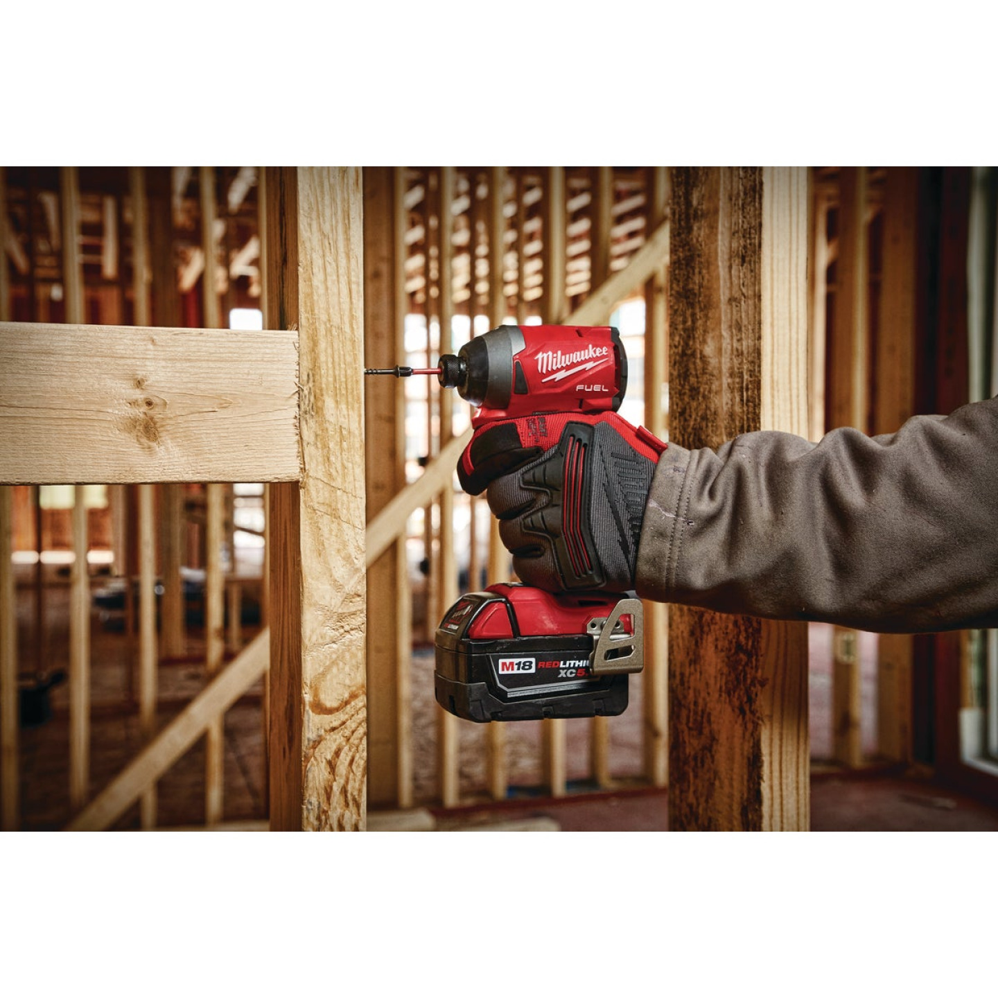 Milwaukee M18 FUEL 18 Volt Lithium-Ion Brushless 1/4 In. Hex Impact Driver (Bare Tool) Image 3
