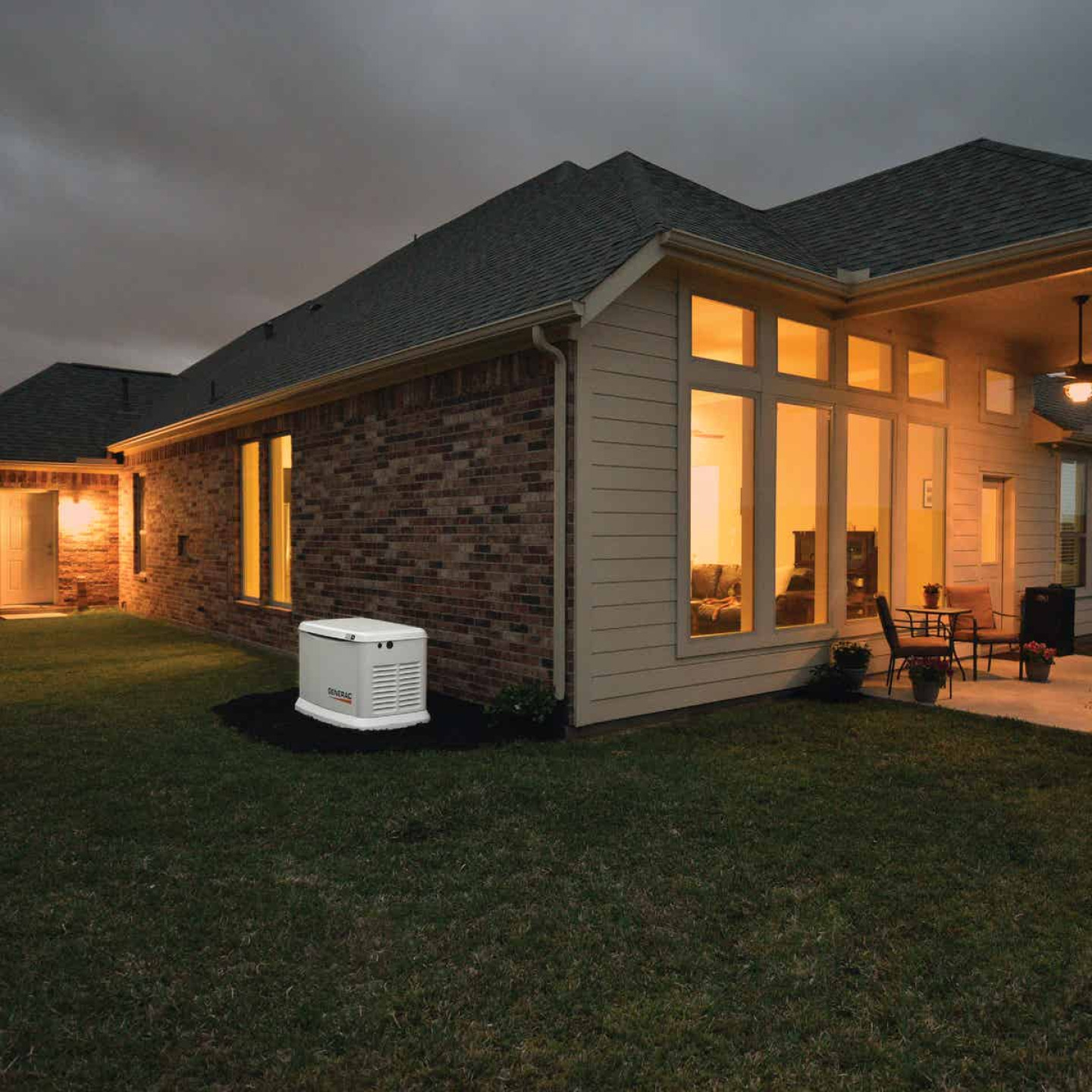 Generac Guardian WiFi 16,000W Natural Gas/LP Home Standby Generator Home Back Up Generator with Smart Switch Image 2
